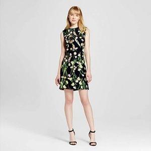 Victoria Beckham   Black Floral Dress NWT XS Targe